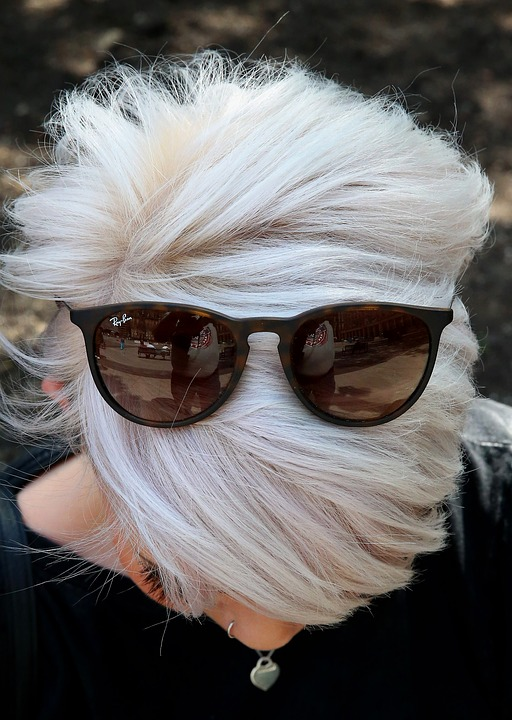Canizie o capelli bianchi